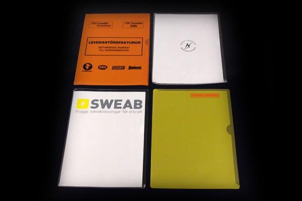 Aktmapp eller kontorsmapp/tumgreppsmapp A4 för dokumentförvaring. Material: PVC i olika färger med screentryck. Tjocklek: från 150 micro.